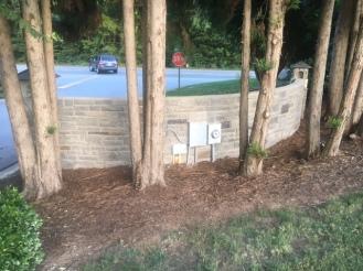 Woodlawn Entrance 3 - Backside Stone - 09-06-2017